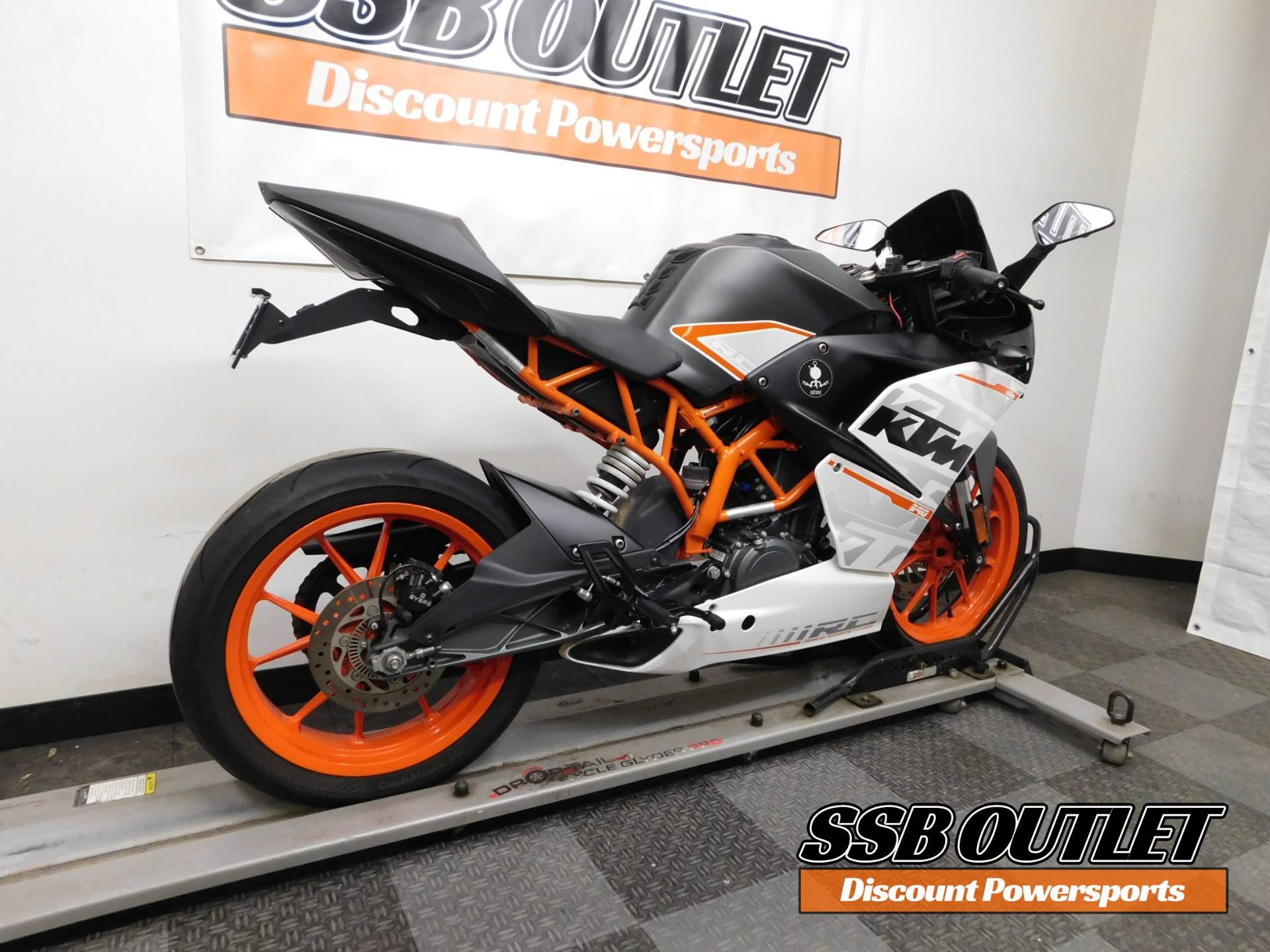 2015 KTM RC 390 in Eden Prairie, Minnesota - Photo 6