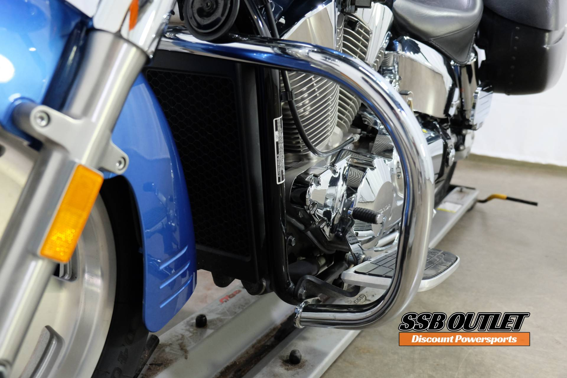 2007 Honda VTX™1300R in Eden Prairie, Minnesota - Photo 11