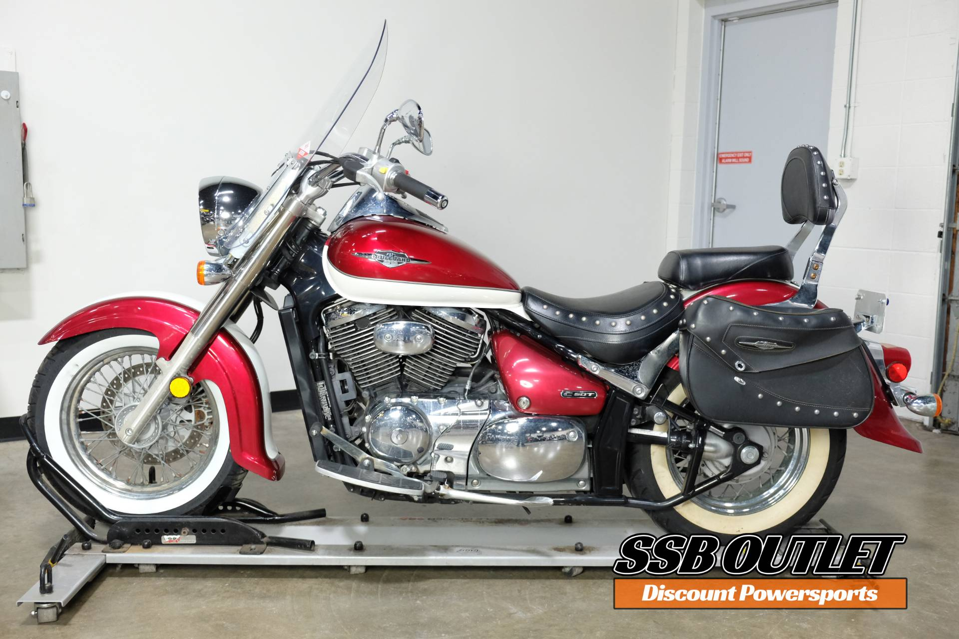 2007 Suzuki Boulevard C50T in Eden Prairie, Minnesota - Photo 4