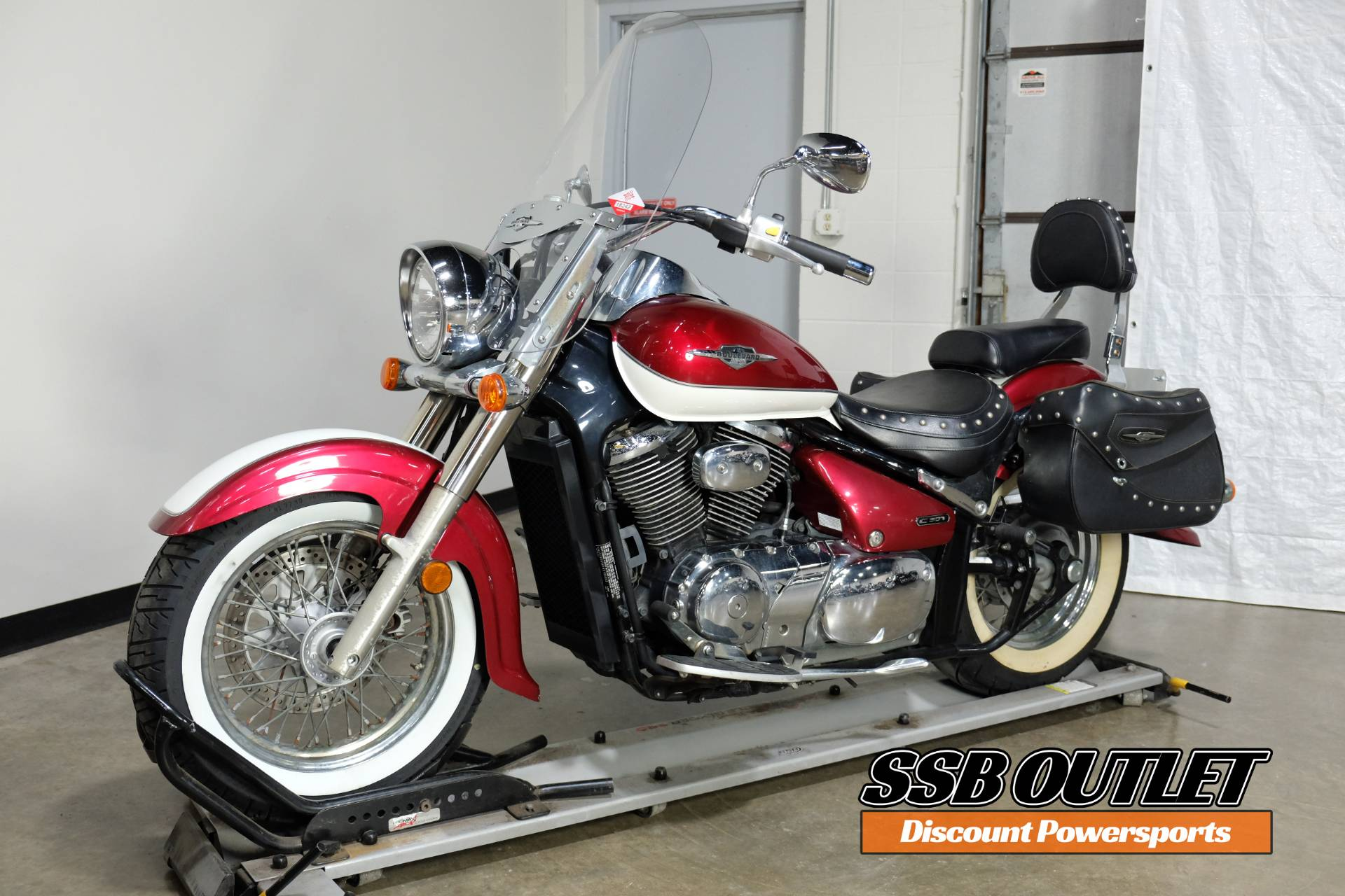 2007 Suzuki Boulevard C50T in Eden Prairie, Minnesota - Photo 3