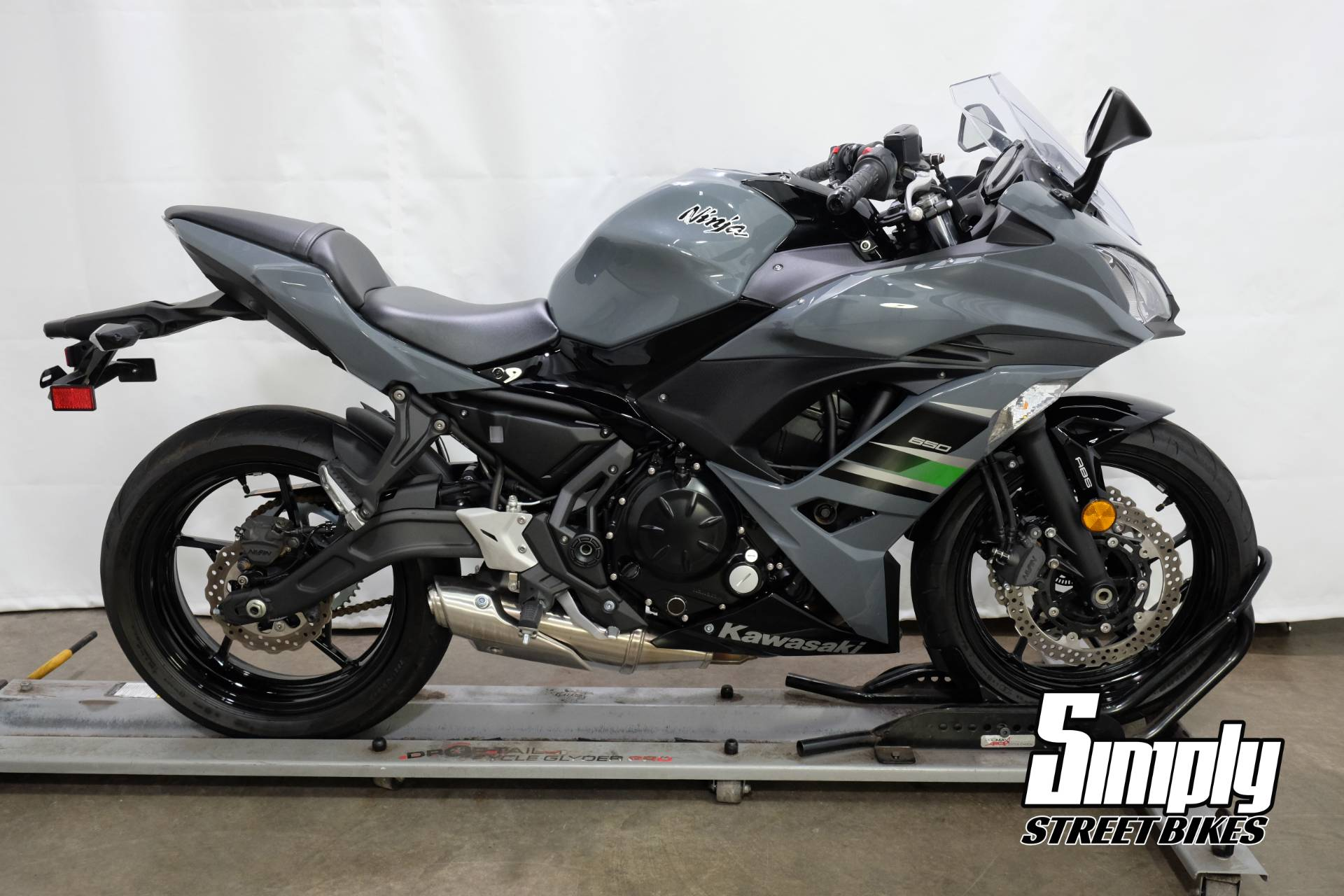 2018 Kawasaki Ninja 650 ABS in Eden Prairie, Minnesota - Photo 1