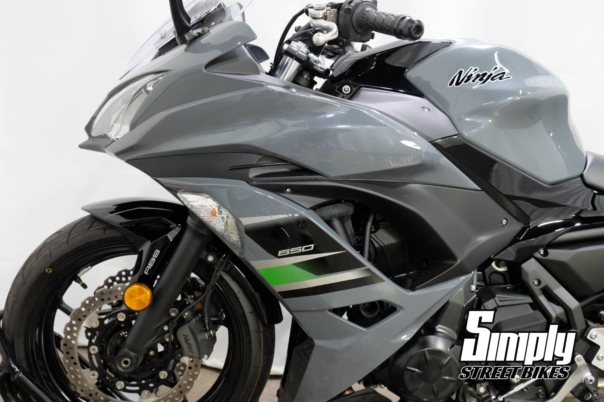 2018 Kawasaki Ninja 650 ABS in Eden Prairie, Minnesota - Photo 33