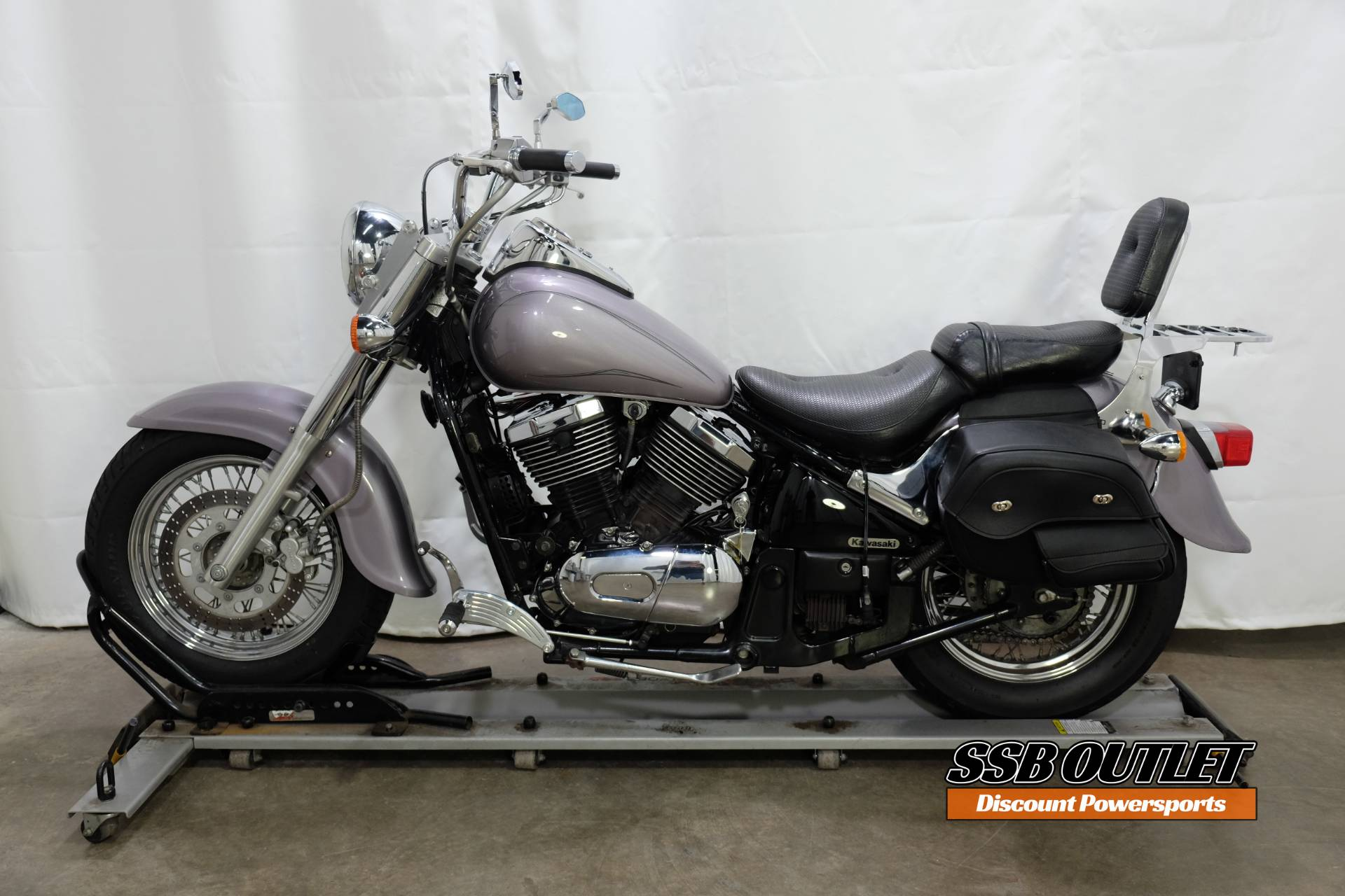2004 Kawasaki Vulcan® 800 Classic in Eden Prairie, Minnesota - Photo 4