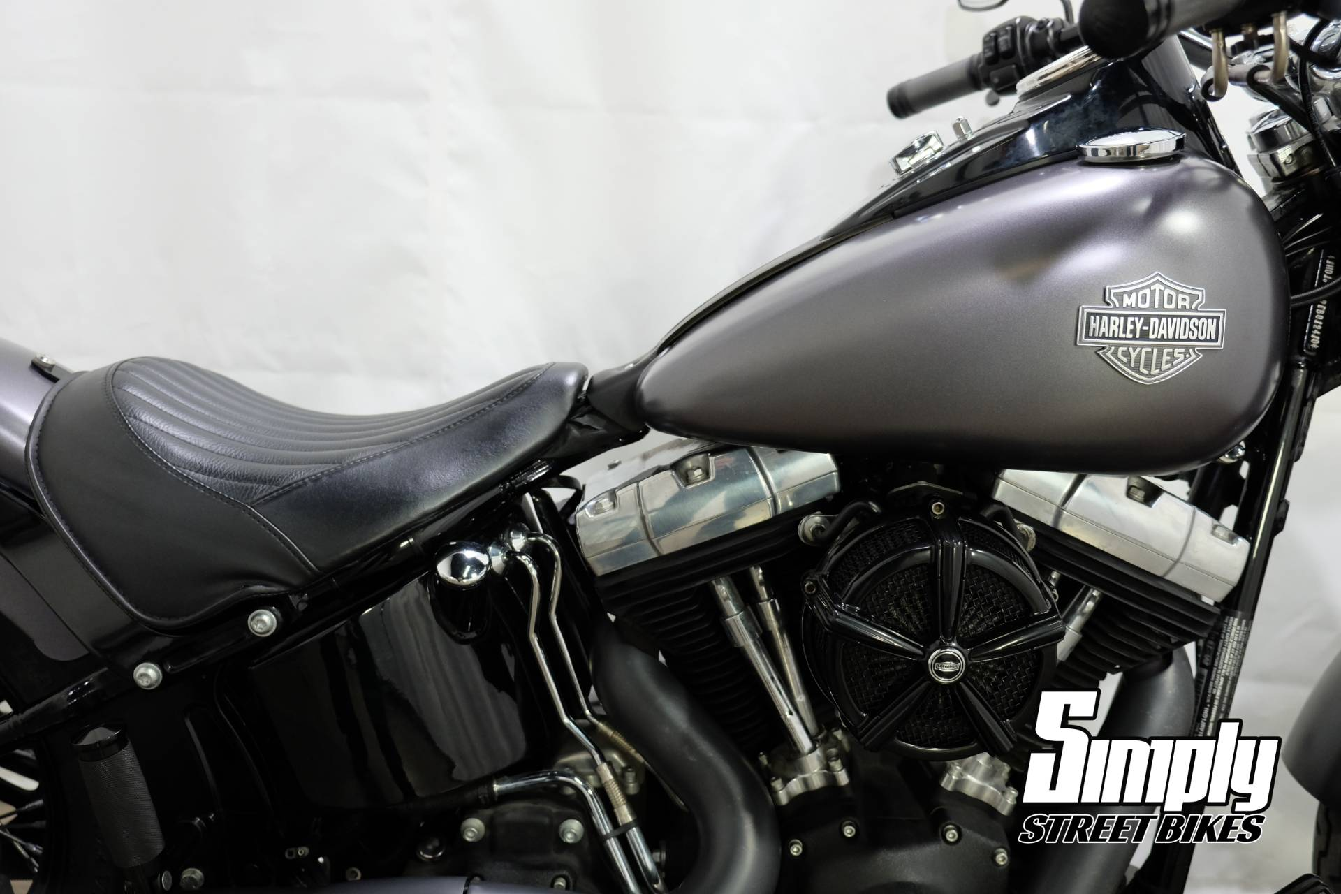 2013 Harley-Davidson Softail Slim in Eden Prairie, Minnesota - Photo 11