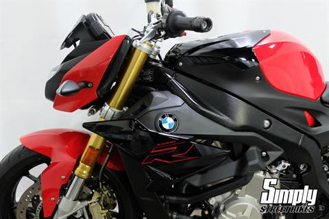 2019 BMW S 1000 R in Eden Prairie, Minnesota - Photo 11