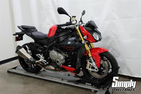 2019 BMW S 1000 R in Eden Prairie, Minnesota - Photo 2