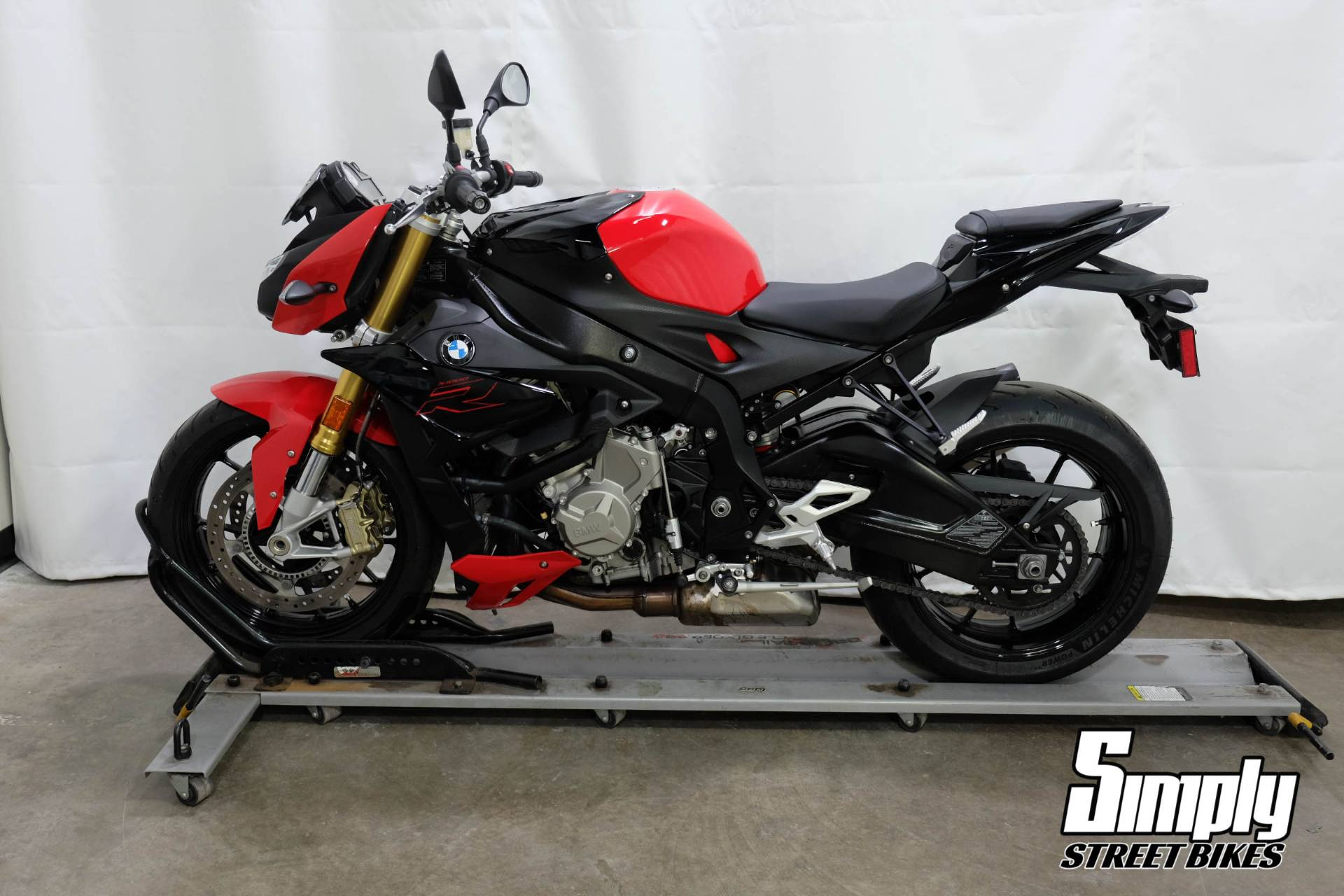 2019 BMW S 1000 R in Eden Prairie, Minnesota - Photo 5