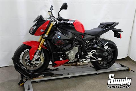 2019 BMW S 1000 R in Eden Prairie, Minnesota - Photo 4