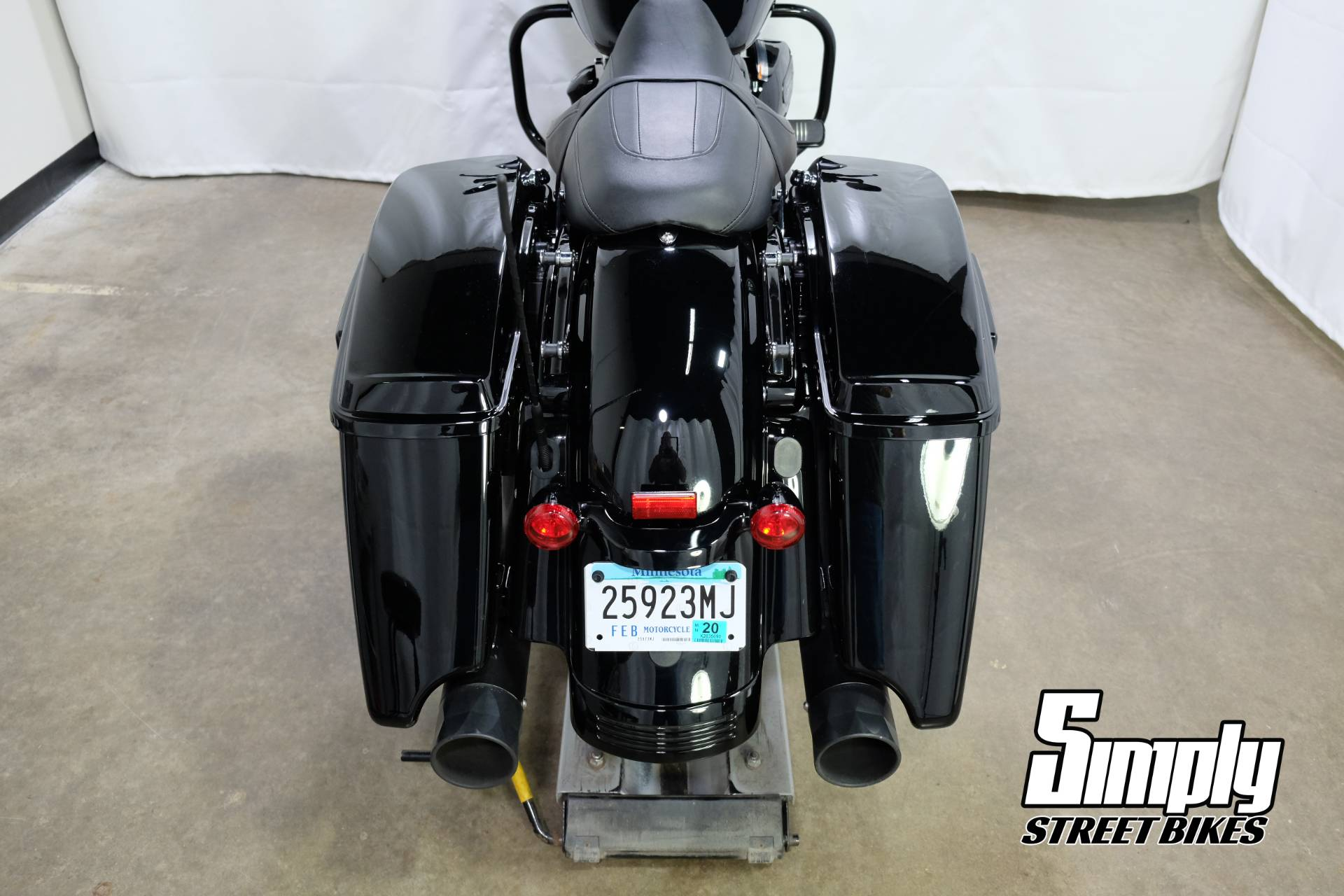 2018 Harley-Davidson Road Glide® Special in Eden Prairie, Minnesota - Photo 25