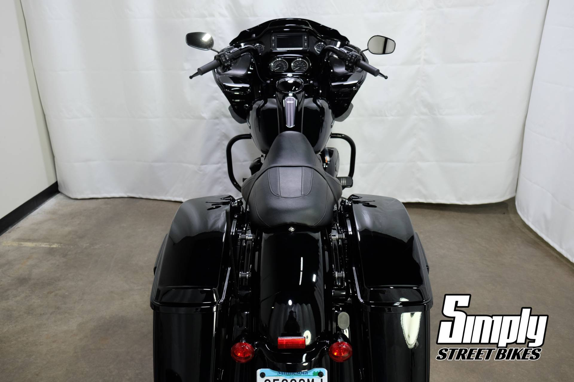 2018 Harley-Davidson Road Glide® Special in Eden Prairie, Minnesota - Photo 26