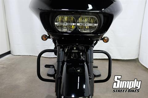 2018 Harley-Davidson Road Glide® Special in Eden Prairie, Minnesota - Photo 46
