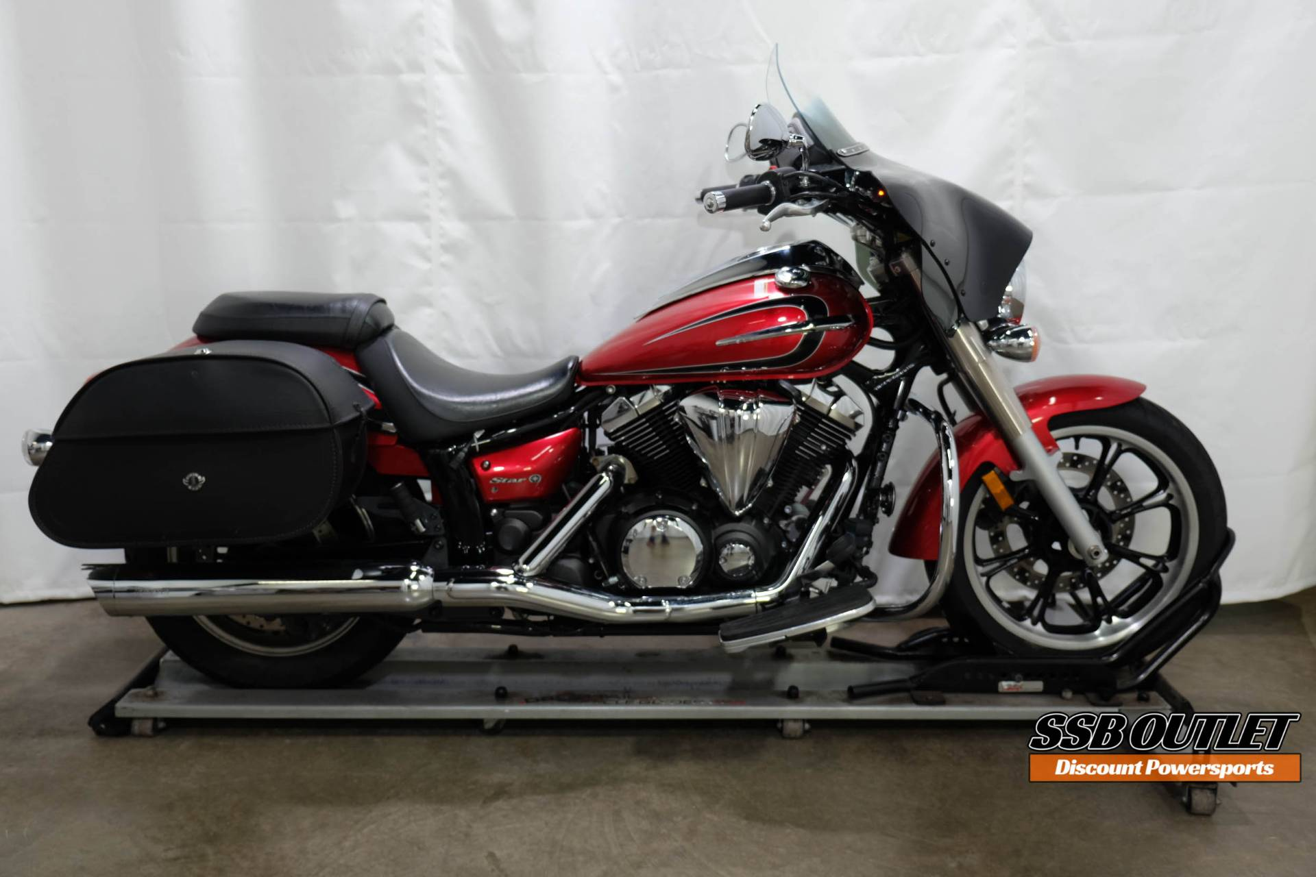 2012 Yamaha V Star 950 in Eden Prairie, Minnesota - Photo 1