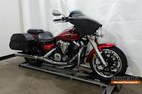 2012 Yamaha V Star 950 in Eden Prairie, Minnesota - Photo 2