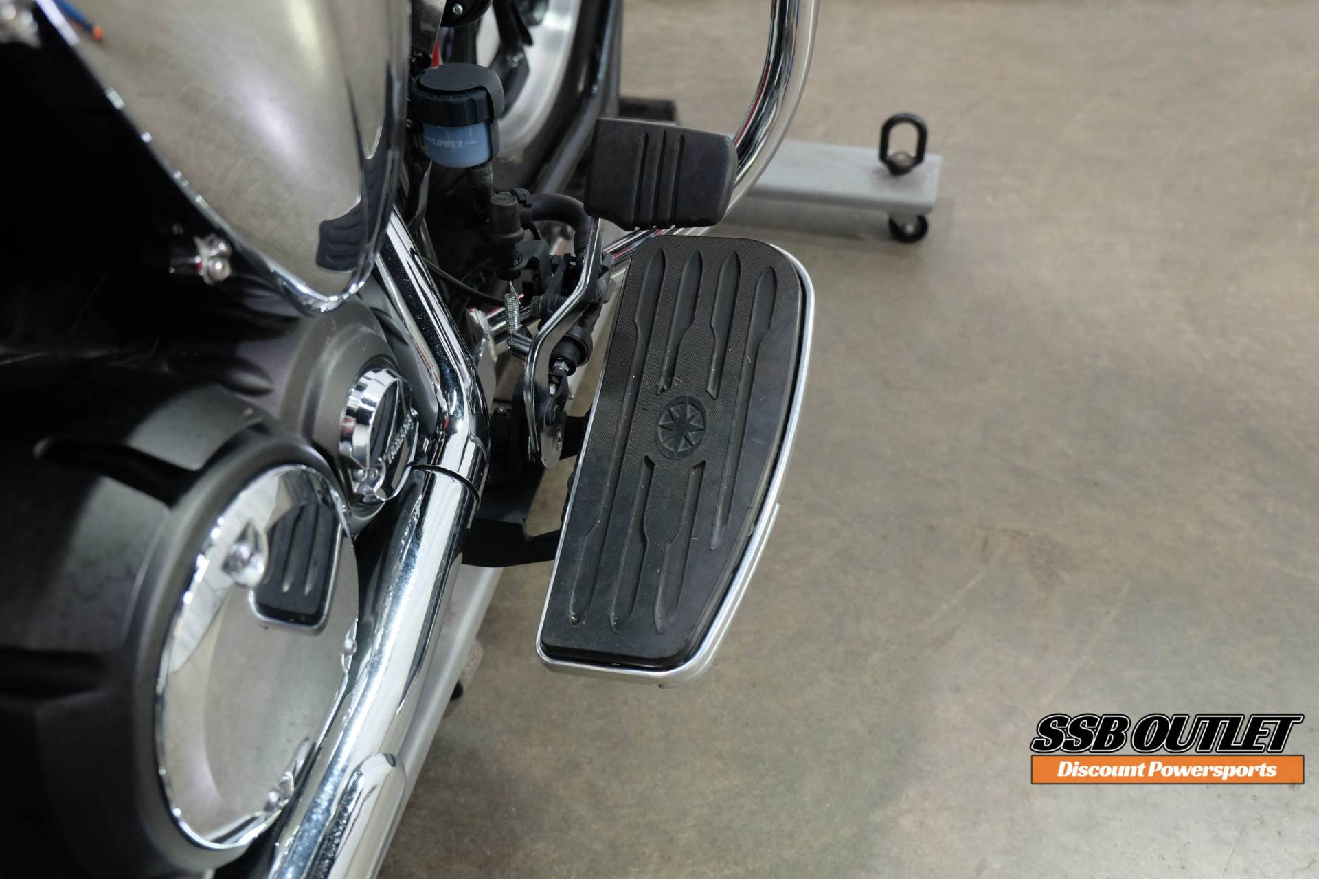 2012 Yamaha V Star 950 in Eden Prairie, Minnesota - Photo 16