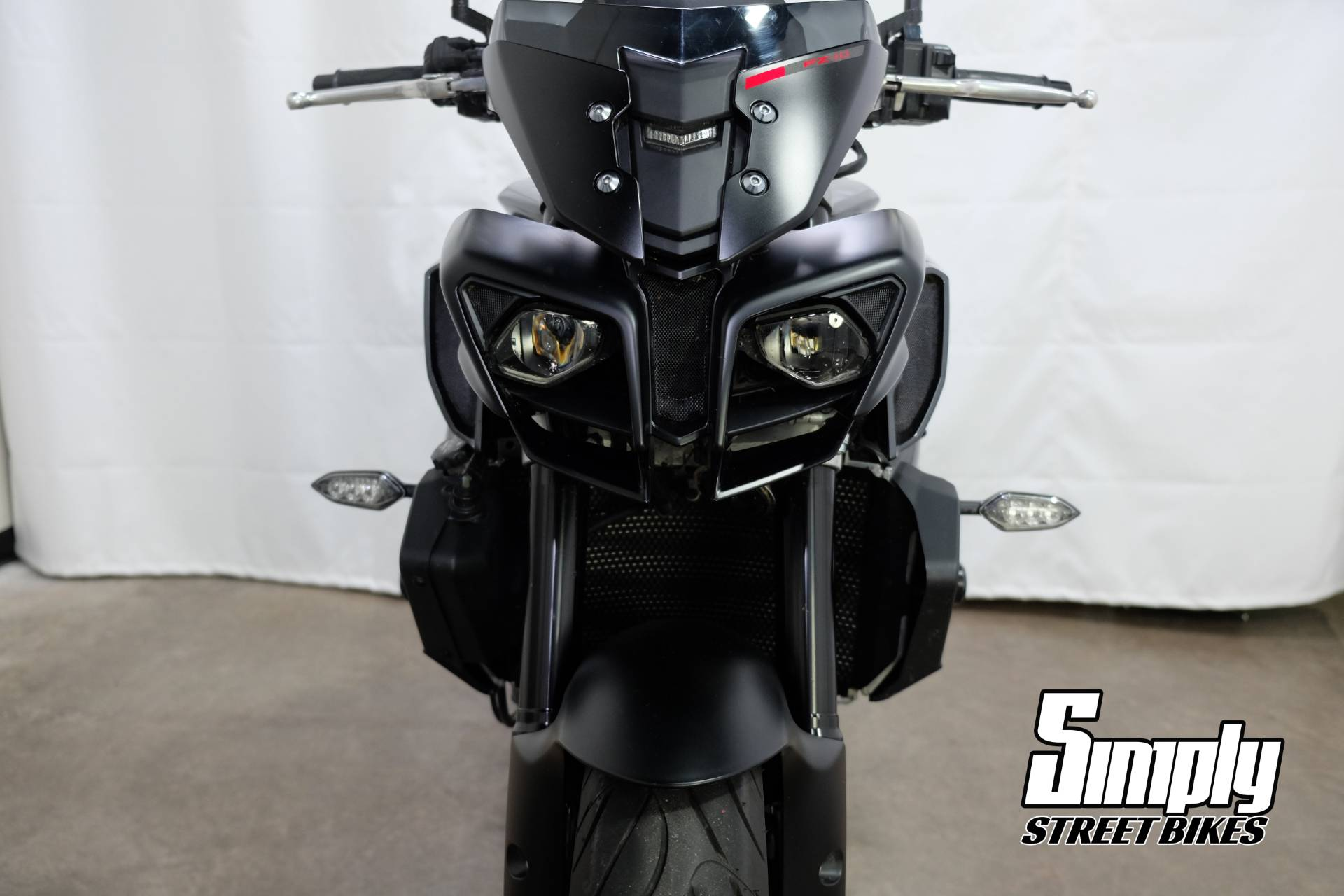 2017 Yamaha FZ-10 in Eden Prairie, Minnesota - Photo 43