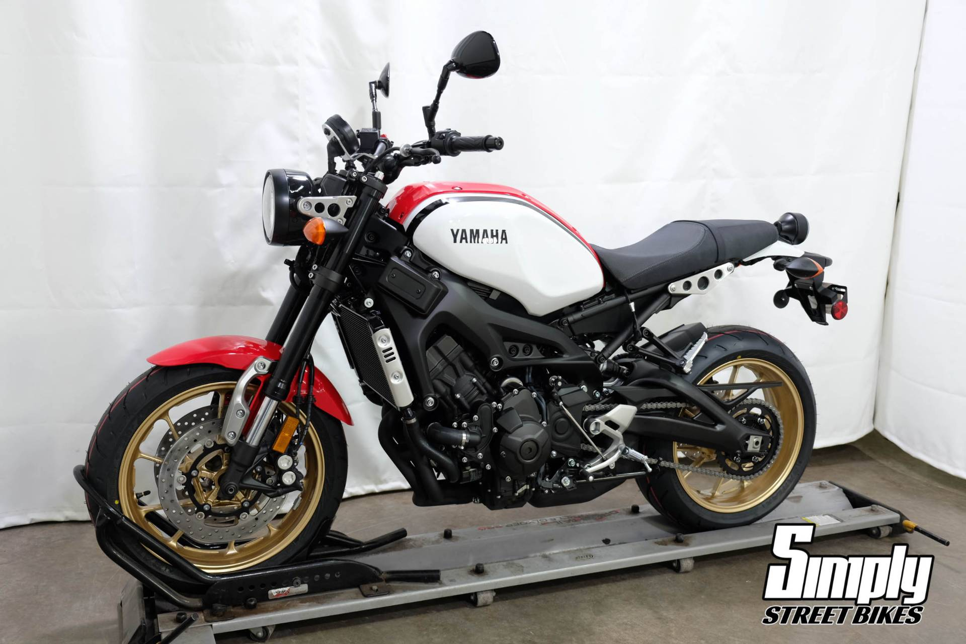 2020 Yamaha XSR900 in Eden Prairie, Minnesota - Photo 4