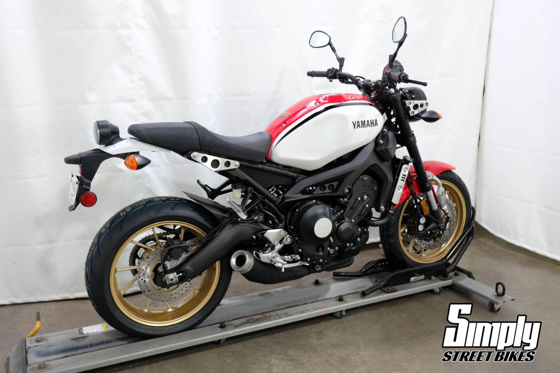 2020 Yamaha XSR900 in Eden Prairie, Minnesota - Photo 8