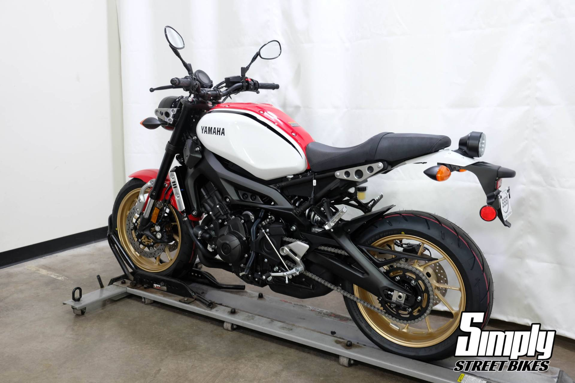 2020 Yamaha XSR900 in Eden Prairie, Minnesota - Photo 6