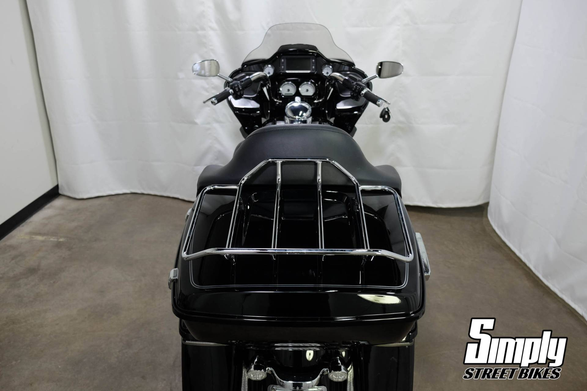 2017 Harley-Davidson Road Glide® Special in Eden Prairie, Minnesota - Photo 27