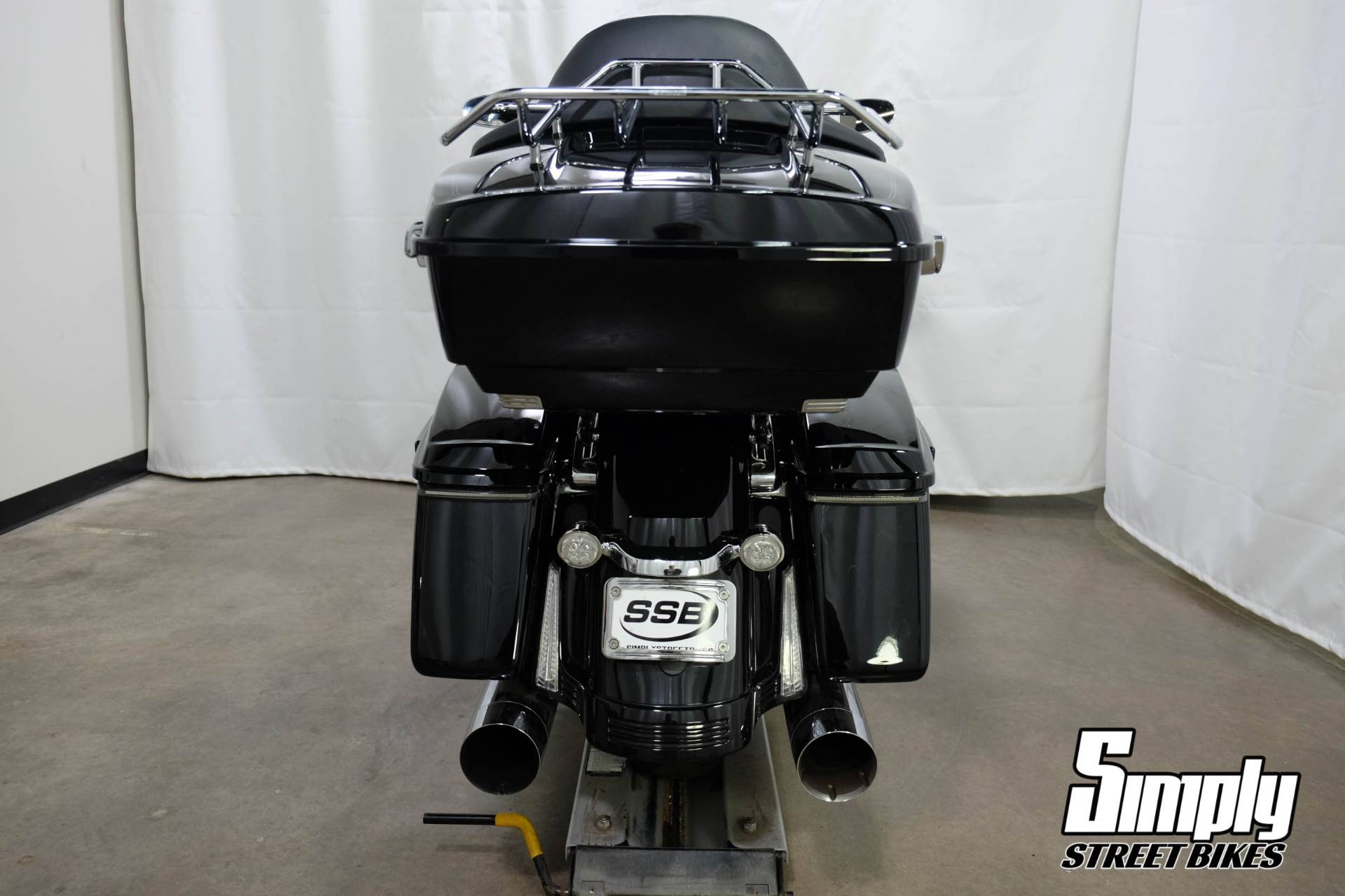 2017 Harley-Davidson Road Glide® Special in Eden Prairie, Minnesota - Photo 28