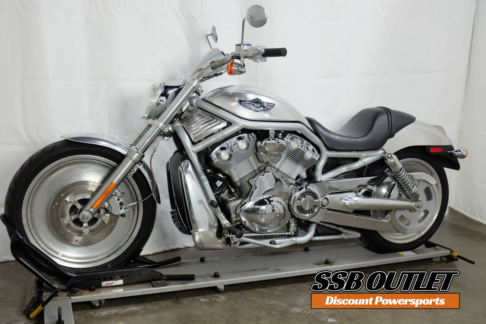 2003 Harley-Davidson VRSCA  V-Rod® in Eden Prairie, Minnesota - Photo 3