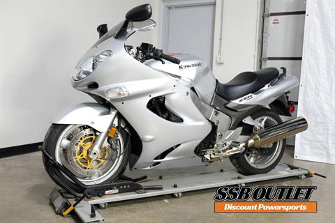 2002 Kawasaki Ninja® ZZ-R1200 in Eden Prairie, Minnesota - Photo 3