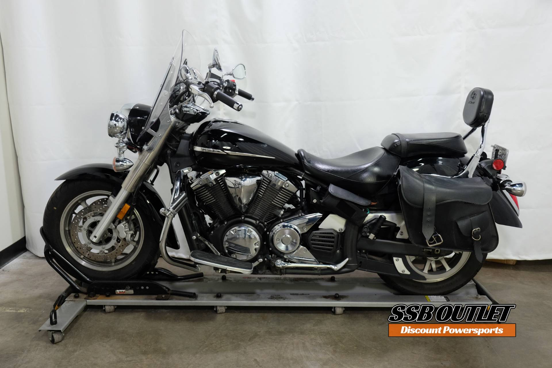 2007 Yamaha V Star® 1300 in Eden Prairie, Minnesota - Photo 4