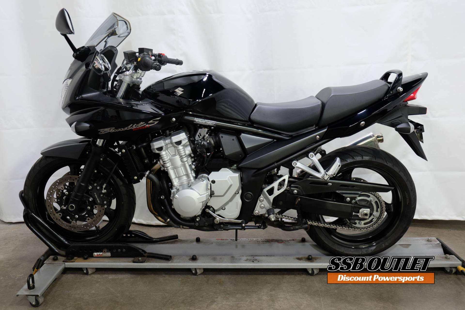 2007 Suzuki Bandit 1250 in Eden Prairie, Minnesota - Photo 4