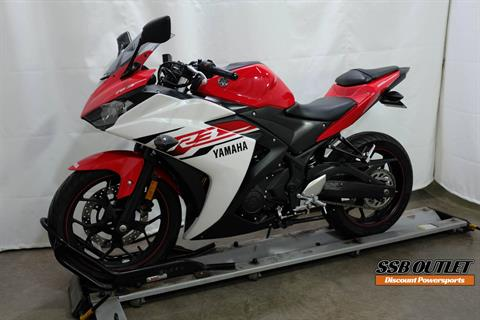 2015 Yamaha YZF-R3 in Eden Prairie, Minnesota - Photo 3