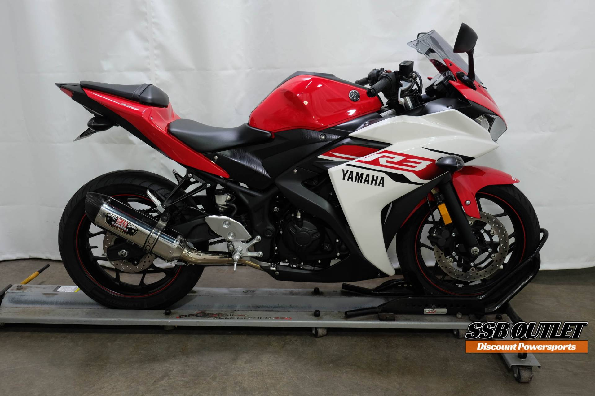 2015 Yamaha YZF-R3 in Eden Prairie, Minnesota - Photo 1