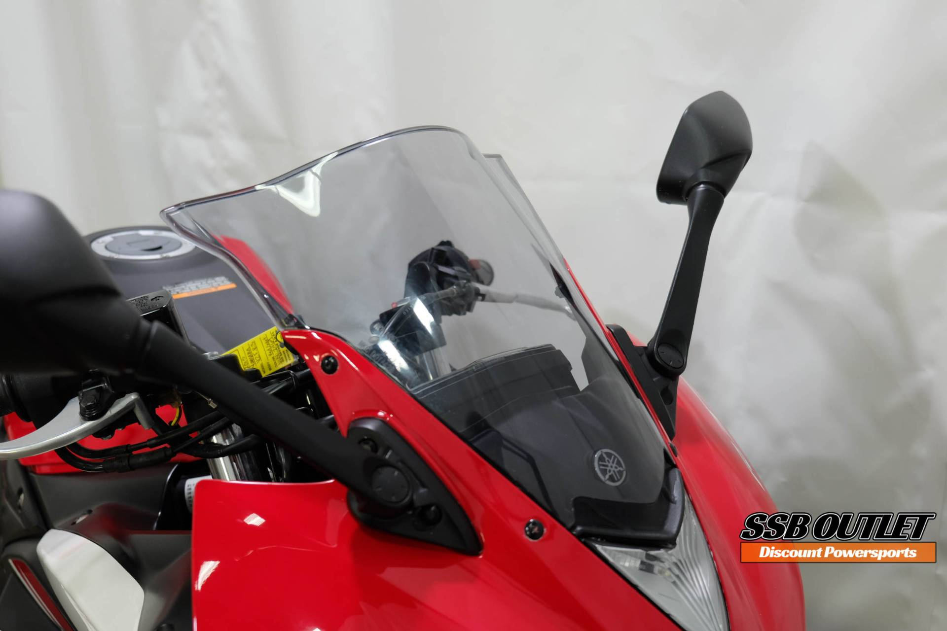 2015 Yamaha YZF-R3 in Eden Prairie, Minnesota - Photo 15