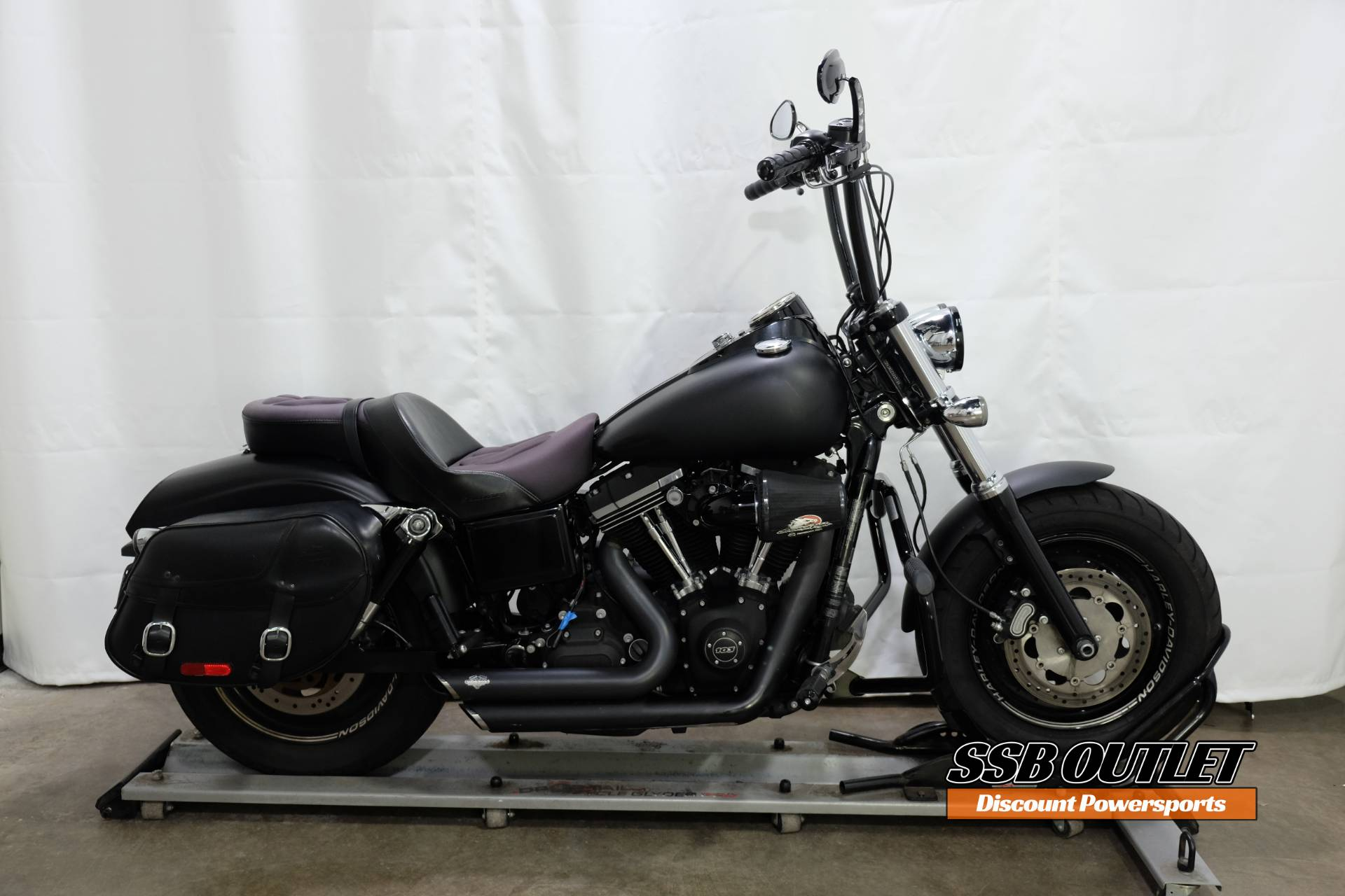 2014 Harley-Davidson Dyna® Fat Bob® in Eden Prairie, Minnesota - Photo 1