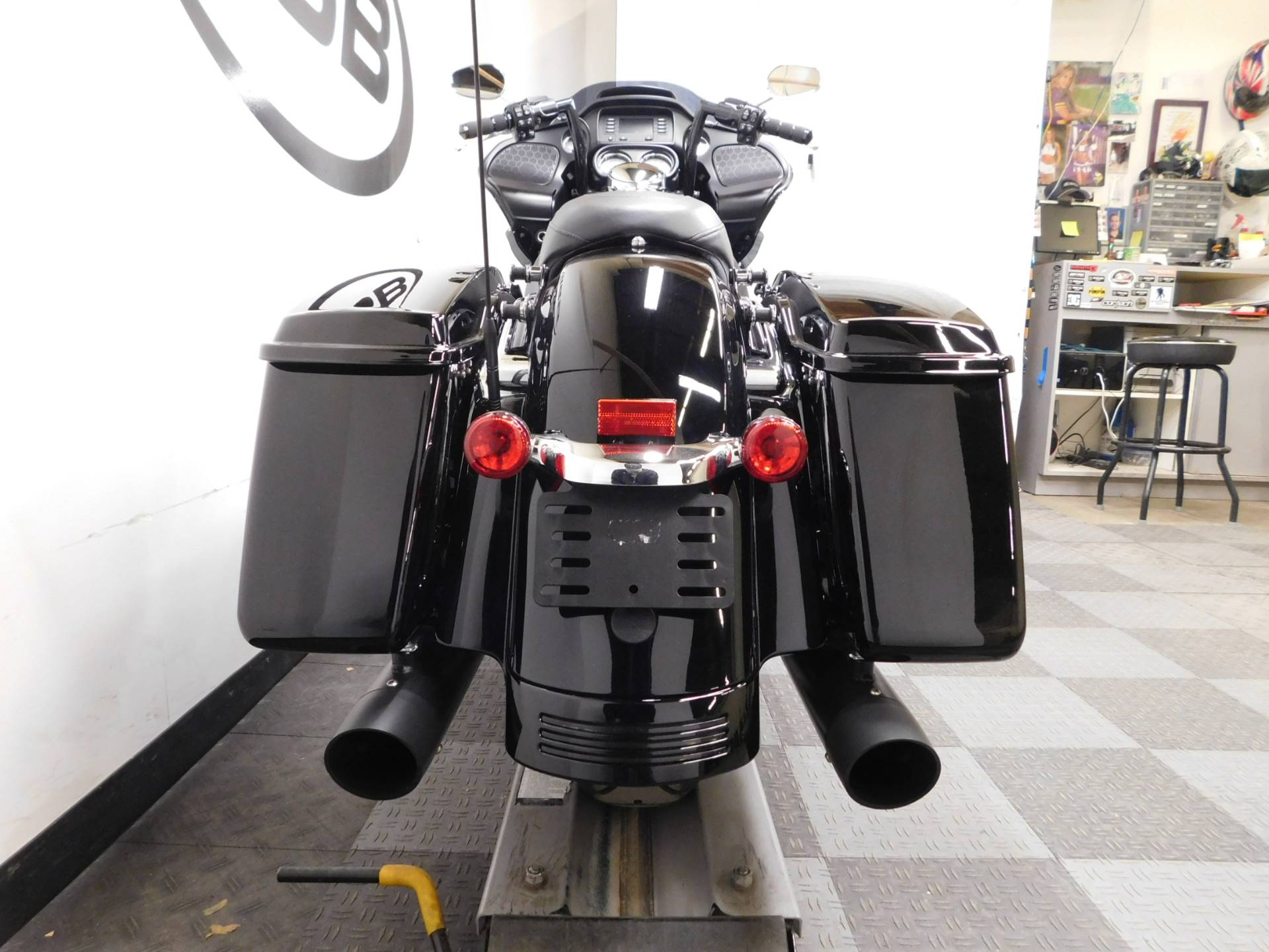 2018 Harley-Davidson Road Glide® in Eden Prairie, Minnesota - Photo 40