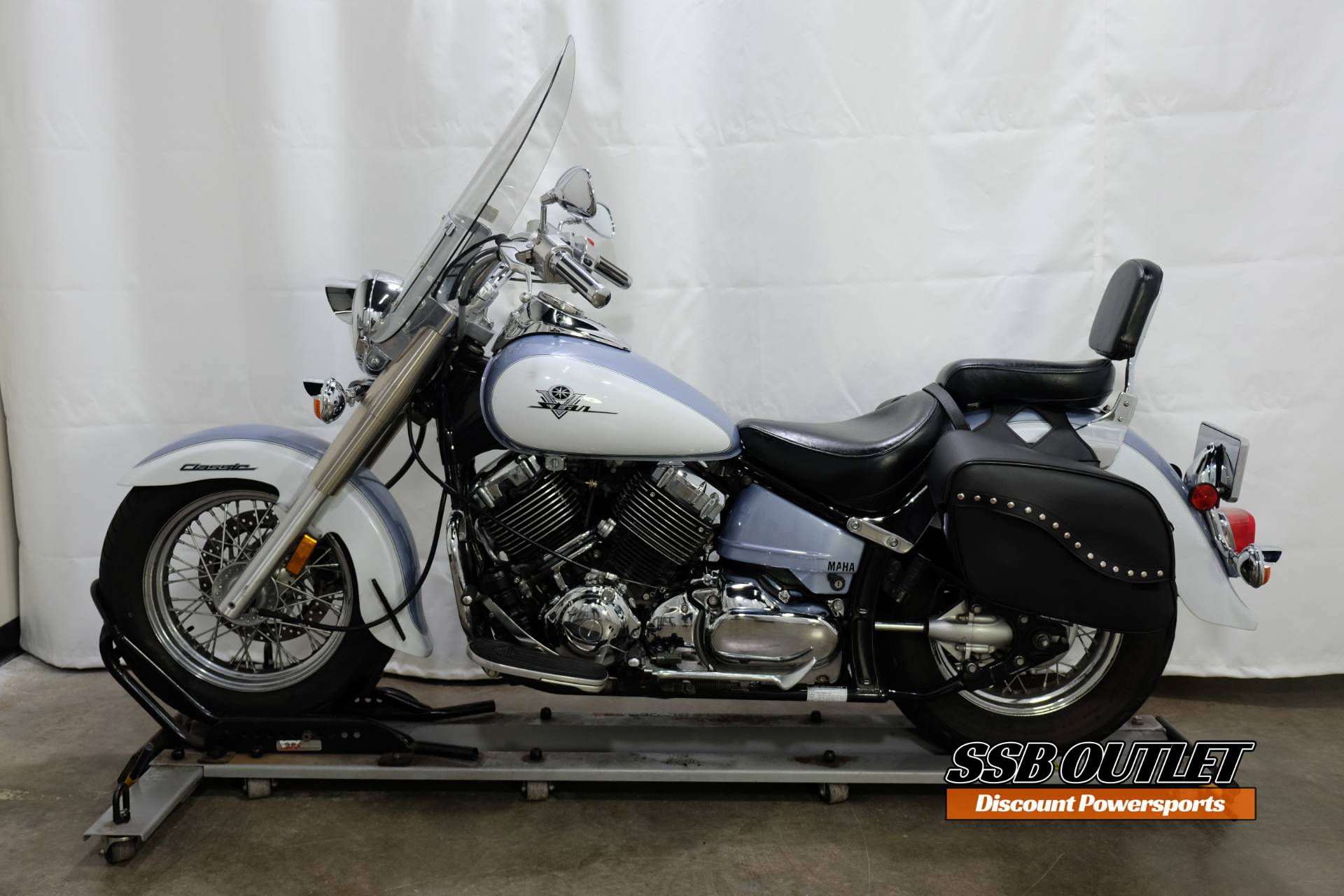 2002 Yamaha Vstar Classic in Eden Prairie, Minnesota - Photo 4