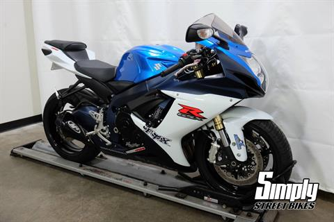 2011 Suzuki GSX-R750™ in Eden Prairie, Minnesota - Photo 2