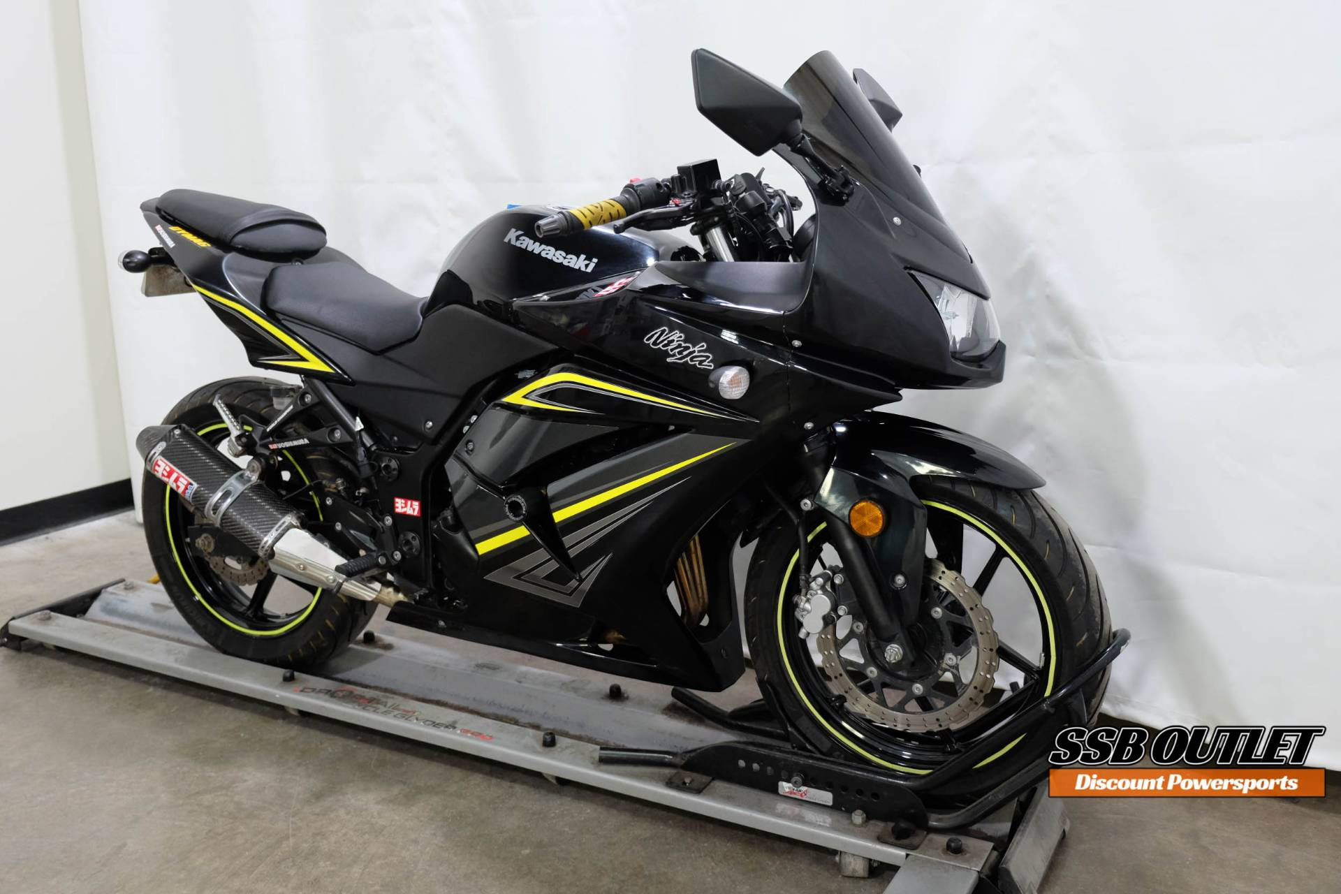2012 Kawasaki Ninja in Eden Prairie, Minnesota - Photo 2