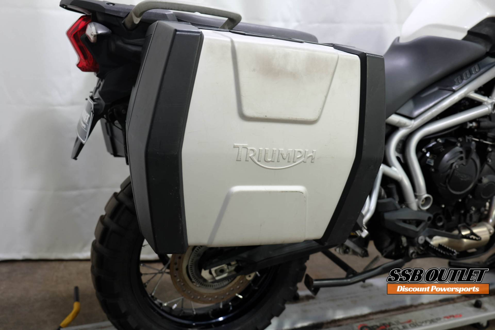 2011 Triumph Tiger 800 XC in Eden Prairie, Minnesota - Photo 7