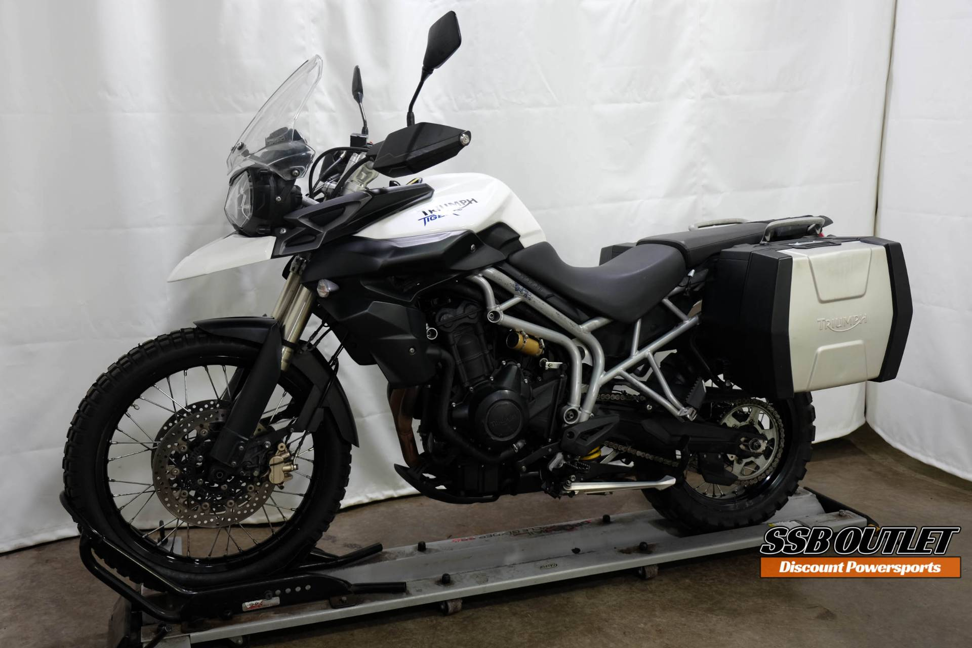 2011 Triumph Tiger 800 XC in Eden Prairie, Minnesota - Photo 3