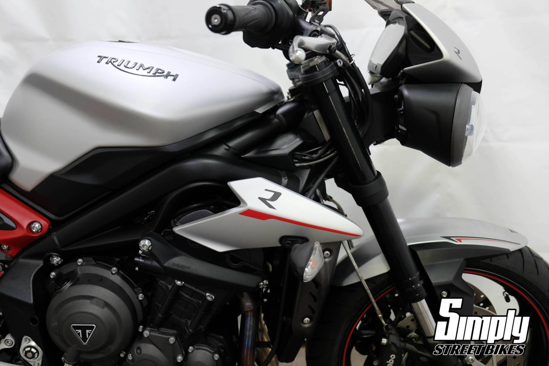 2018 Triumph Street Triple R in Eden Prairie, Minnesota - Photo 18