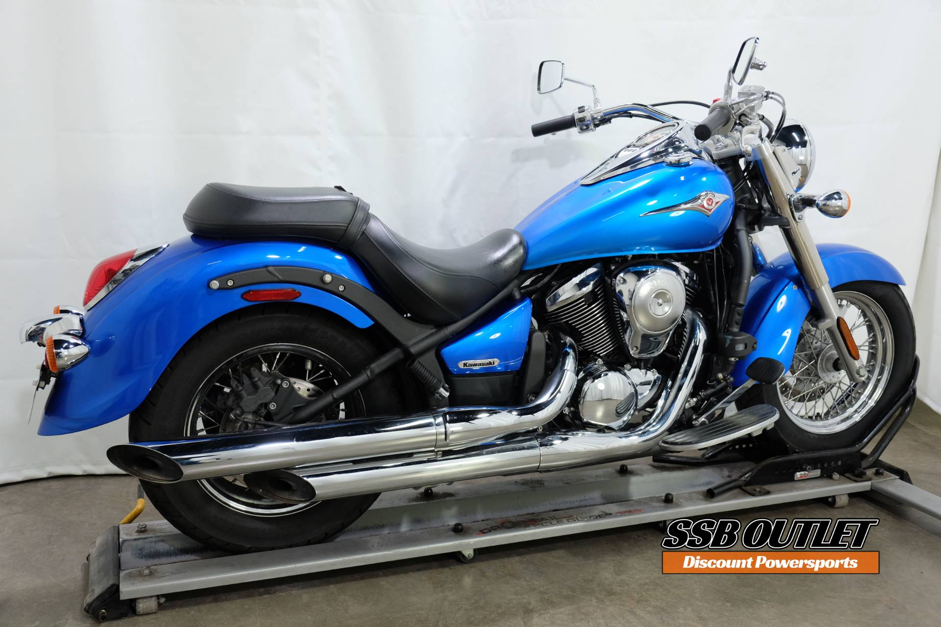 2009 Kawasaki Vulcan® 900 Classic in Eden Prairie, Minnesota - Photo 6