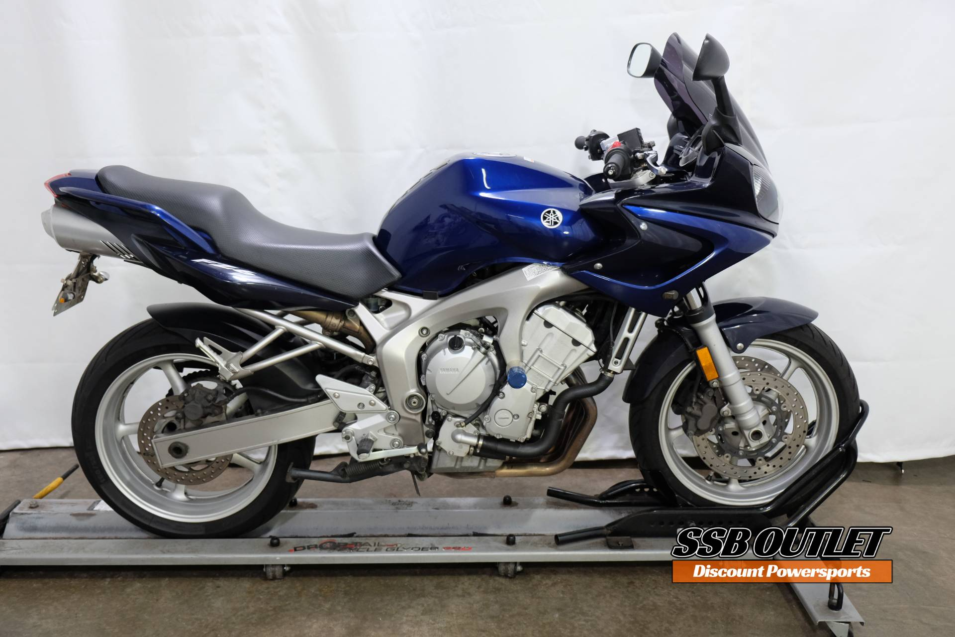 2005 Yamaha FZ6 in Eden Prairie, Minnesota - Photo 1