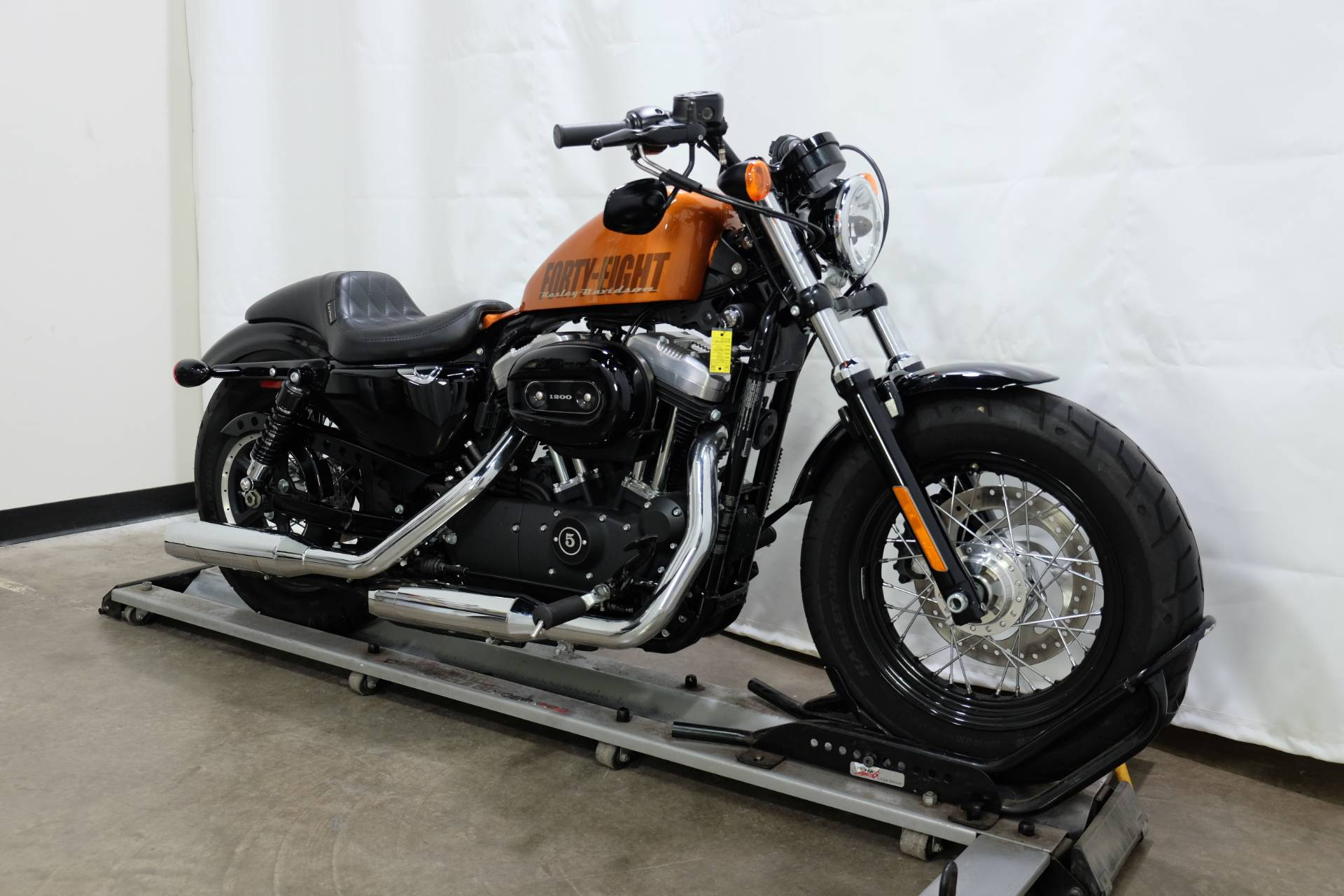 2015 Harley-Davidson Forty-Eight® in Eden Prairie, Minnesota - Photo 2