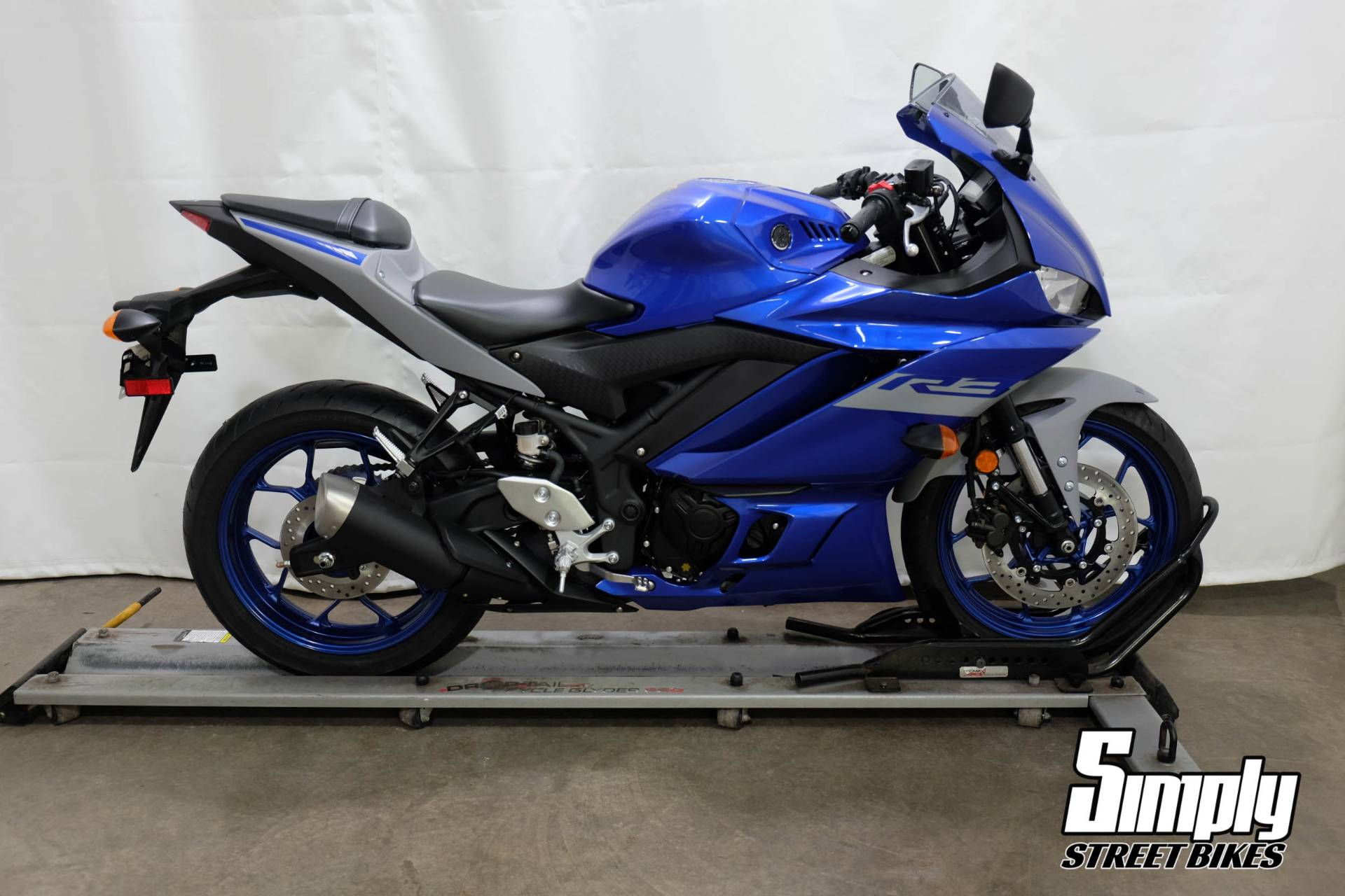 2020 Yamaha YZF-R3 in Eden Prairie, Minnesota - Photo 1