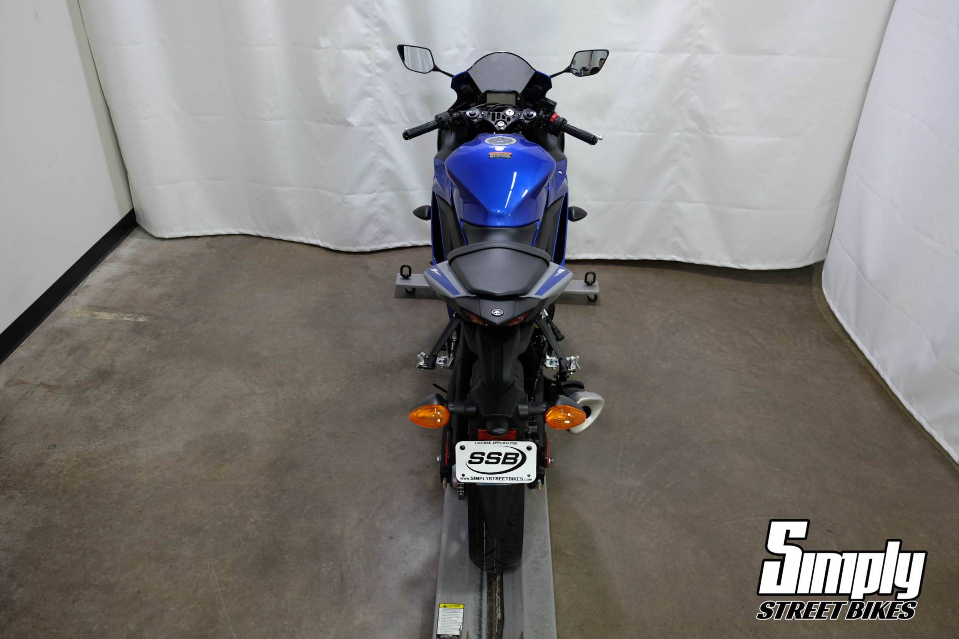 2020 Yamaha YZF-R3 in Eden Prairie, Minnesota - Photo 10