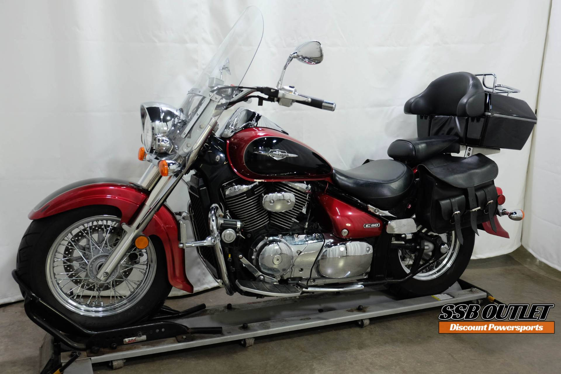 2007 Suzuki Boulevard C50 in Eden Prairie, Minnesota - Photo 3