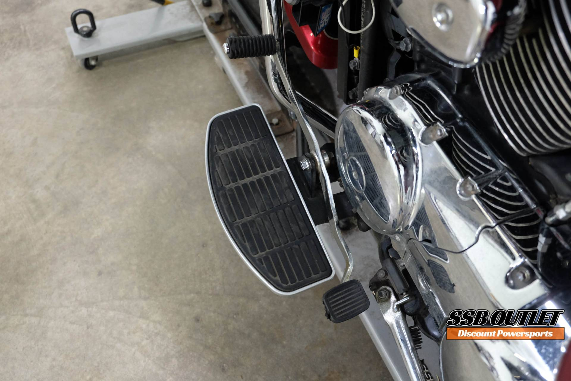 2007 Suzuki Boulevard C50 in Eden Prairie, Minnesota - Photo 11