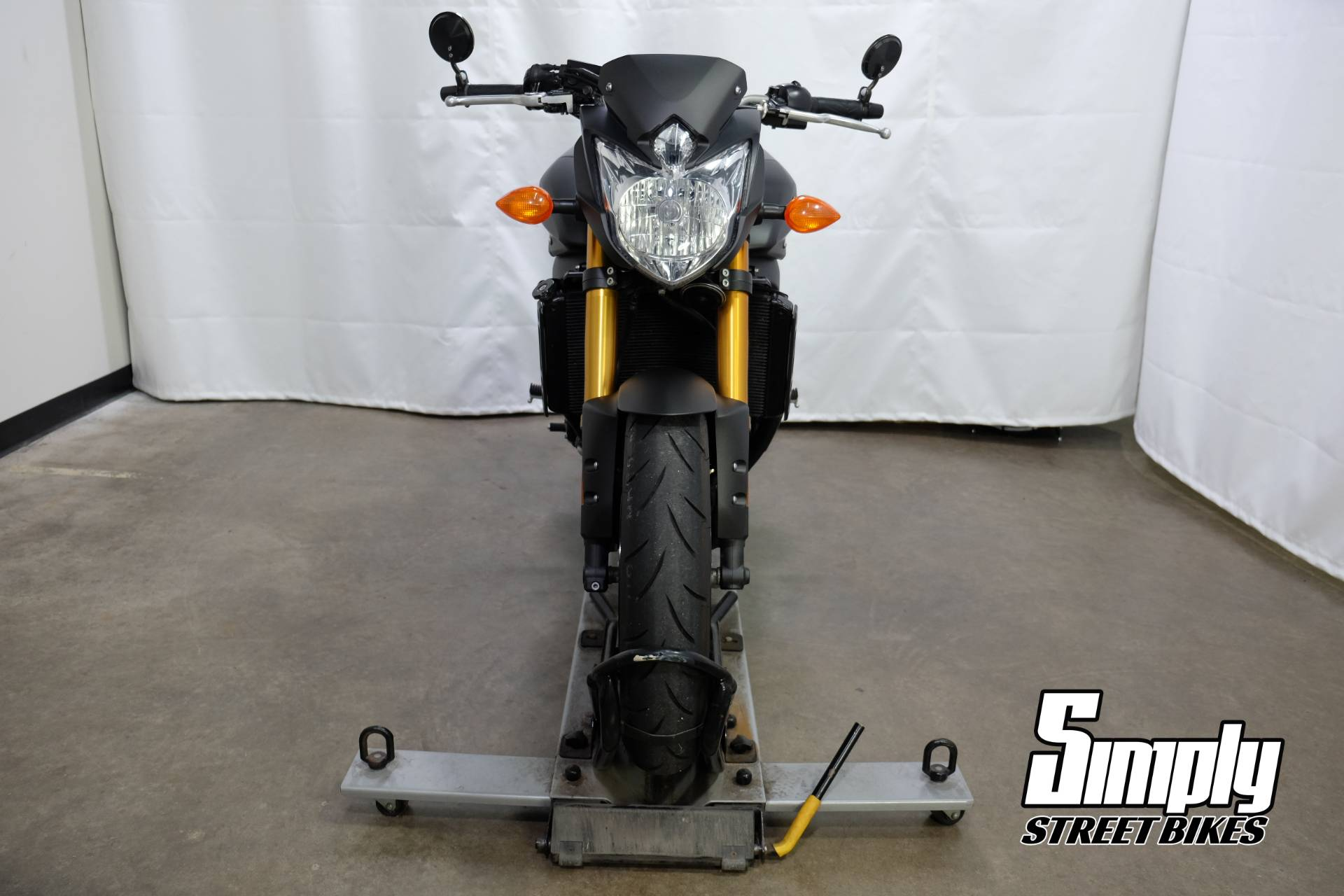 2012 Yamaha FZ8 in Eden Prairie, Minnesota - Photo 11