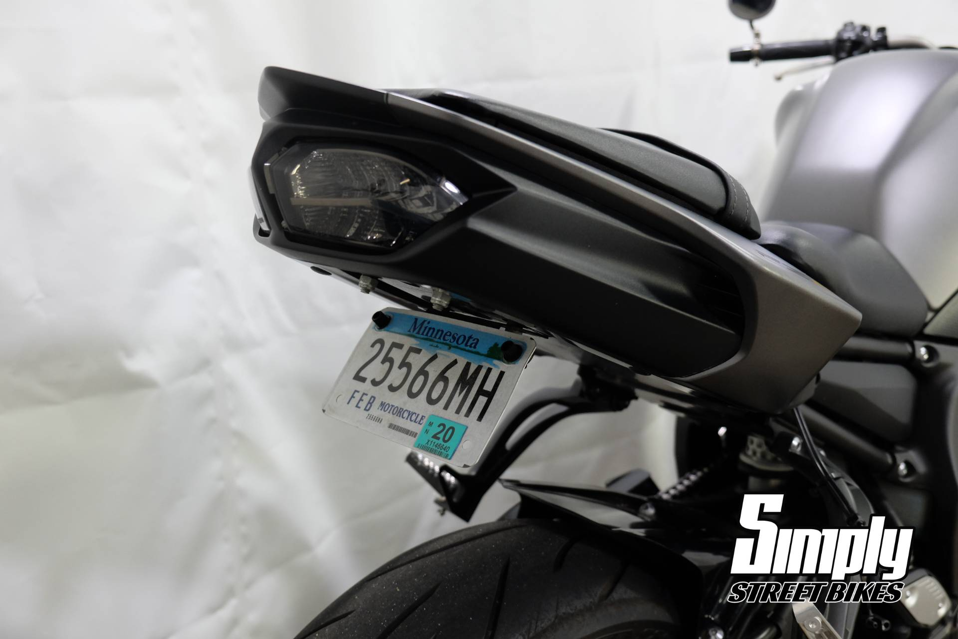 2012 Yamaha FZ8 in Eden Prairie, Minnesota - Photo 21