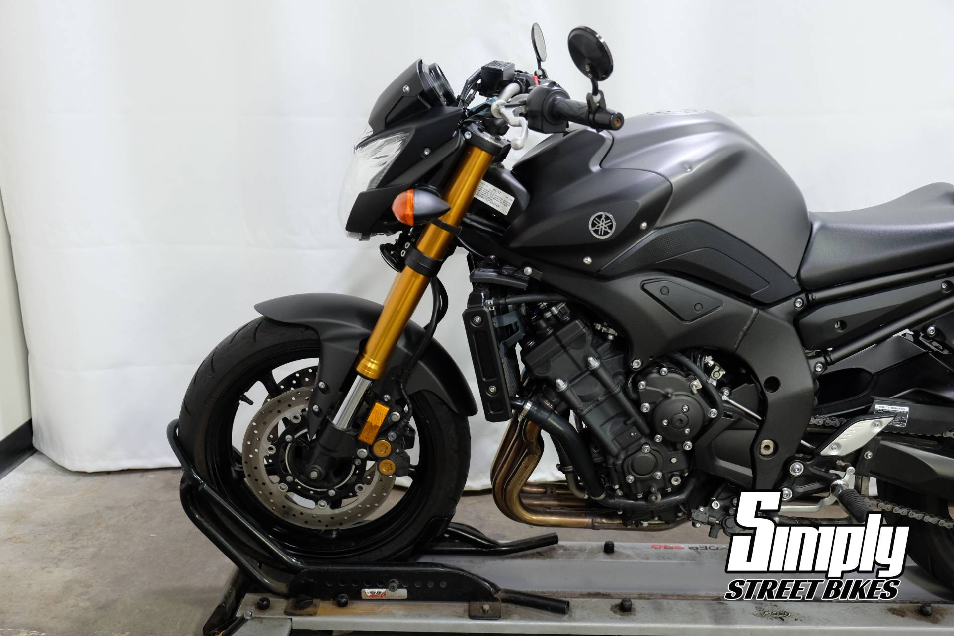 2012 Yamaha FZ8 in Eden Prairie, Minnesota - Photo 31
