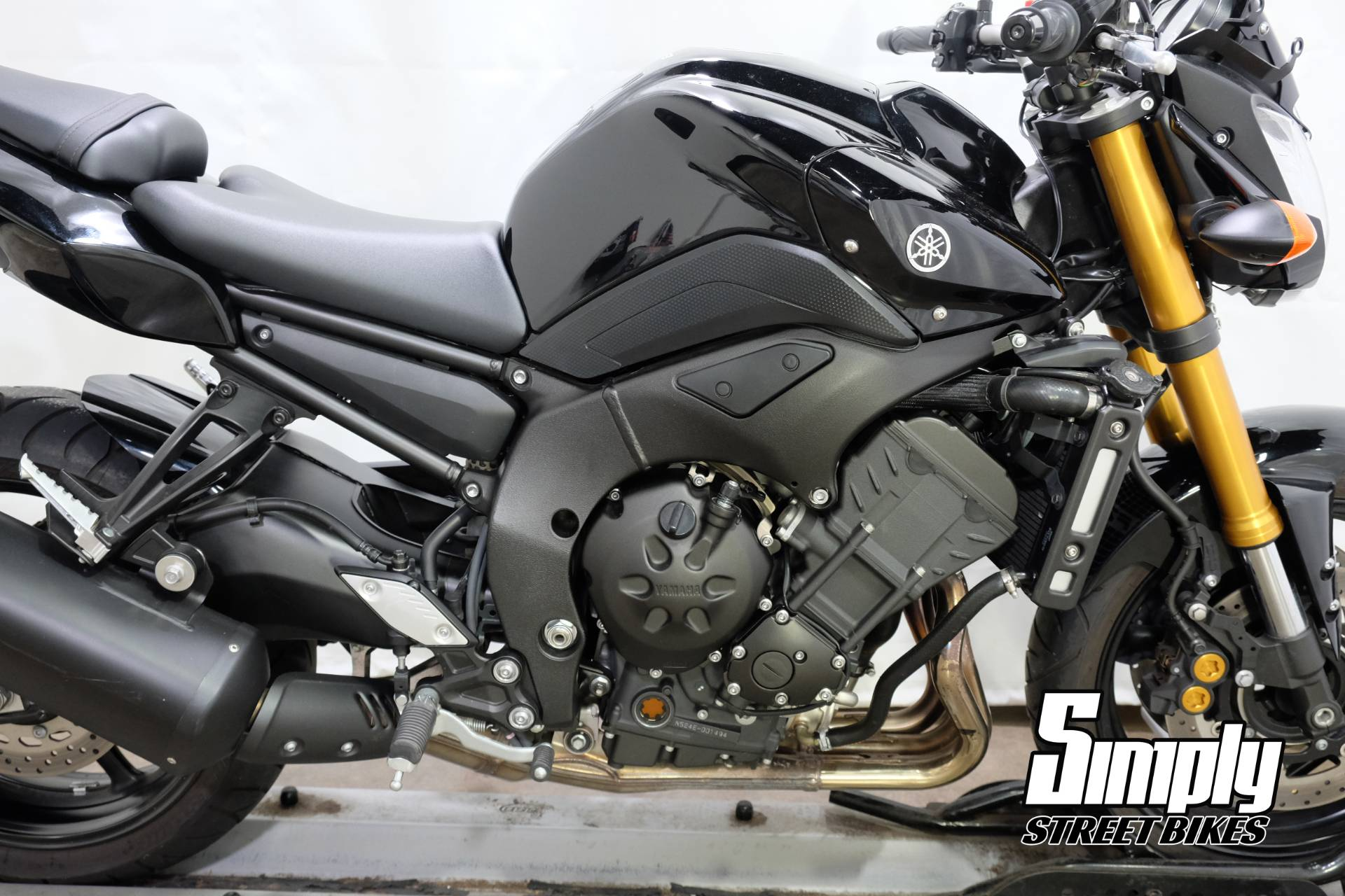 2011 Yamaha FZ8 in Eden Prairie, Minnesota - Photo 15